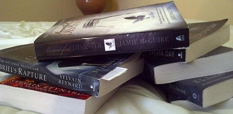BooksAndBooksHeader